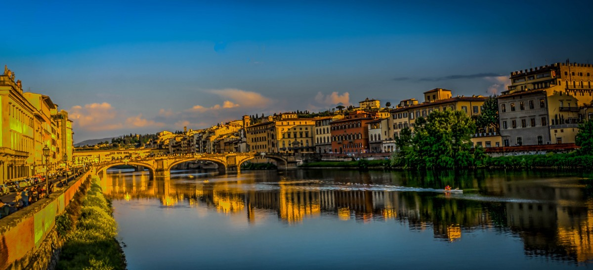 florence_italy_ponte_vecchio_clouds_architecture_buildings_city_historical-970099.jpg!d