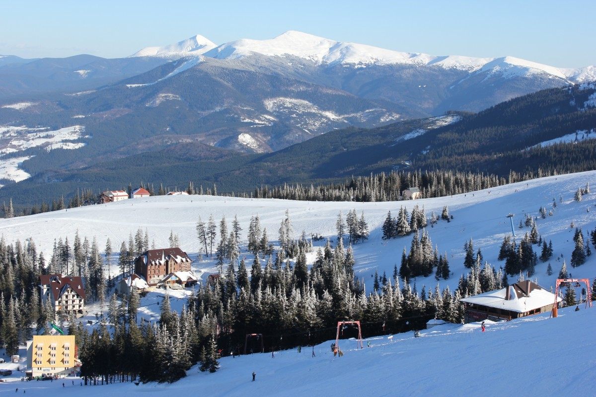 winter_mountains_ski_resort_forest_snow_landscape_tourism_slopes-1393822.jpg!d